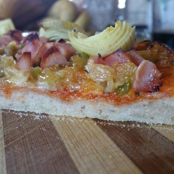 Pizza de fermentación larga y elevada con Masa Madre