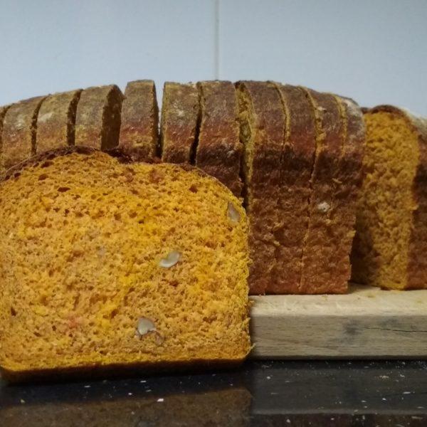 Pan de molde de calabaza y nueces